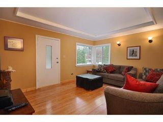 Photo 1: 3690 HENDERSON Ave in North Vancouver: Home for sale : MLS®# V889087