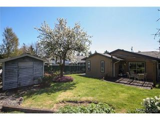 Photo 17: 1222 Alan Rd in VICTORIA: SW Layritz House for sale (Saanich West)  : MLS®# 637712