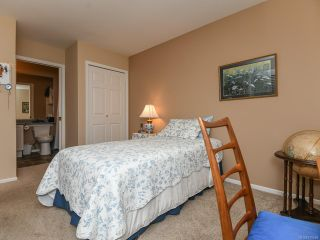 Photo 17: 16 2010 20TH STREET in COURTENAY: CV Courtenay City Row/Townhouse for sale (Comox Valley)  : MLS®# 795658