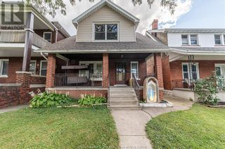 Photo 1: 983 BRUCE AVENUE in Windsor: House for sale : MLS®# 21017482