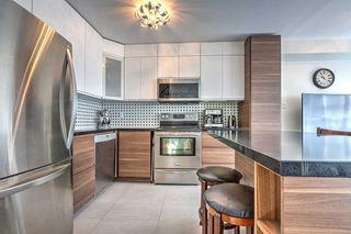 Photo 5: 562 Bondi Avenue in Newmarket: Gorham-College Manor House (2-Storey) for sale : MLS®# N5097558
