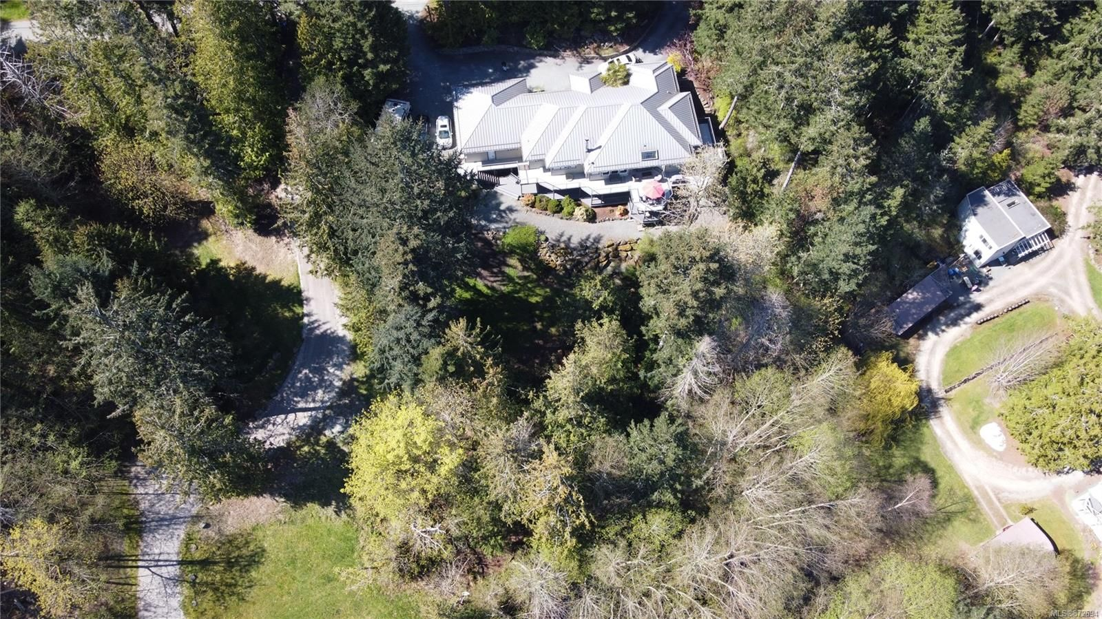 Main Photo: 11221 Hedgerow Dr in : NS Lands End House for sale (North Saanich)  : MLS®# 872694