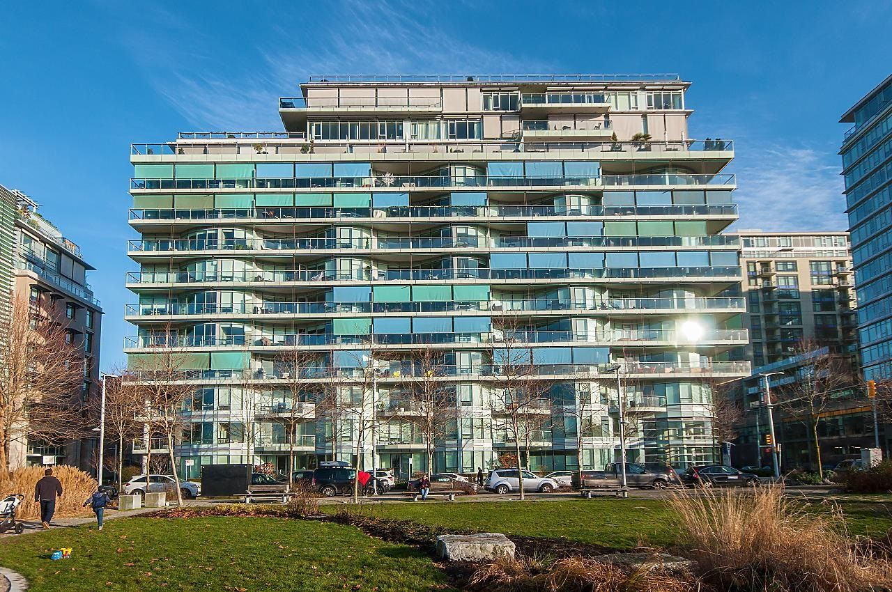 """Main Photo: 410 181 W 1ST Avenue in Vancouver: False Creek Condo for sale in """"The Brook"""" (Vancouver West)  : MLS®# R2614809"""
