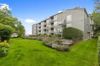 """Photo 8: 210 2080 SE KENT Avenue in Vancouver: South Marine Condo for sale in """"Tugboat Landing"""" (Vancouver East)  : MLS®# R2472110"""