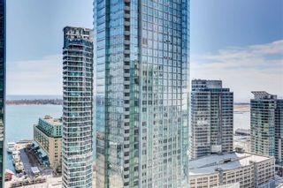 Photo 17: 2311 55 Bremner Boulevard in Toronto: Waterfront Communities C1 Condo for sale (Toronto C01)  : MLS®# C5161777