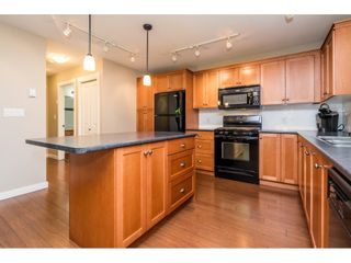 """Photo 19: 43573 RED HAWK Pass: Lindell Beach House for sale in """"The Cottages at Cultus Lake"""" (Cultus Lake)  : MLS®# R2477513"""