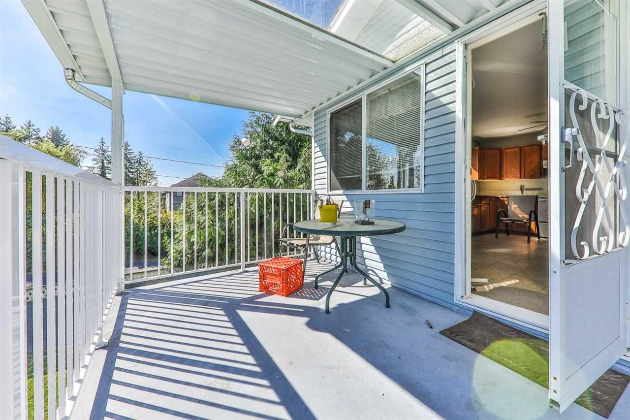 Photo 2: Photos: 11812 232 Street in Maple Ridge: Cottonwood MR 1/2 Duplex for sale : MLS®# R2317153