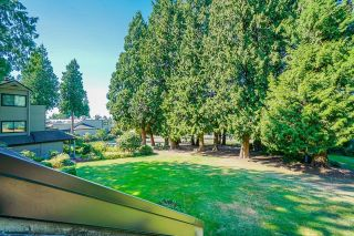 """Photo 16: 5 14085 NICO WYND Place in Surrey: Elgin Chantrell Condo for sale in """"Nico Wynd Estates"""" (South Surrey White Rock)  : MLS®# R2616431"""