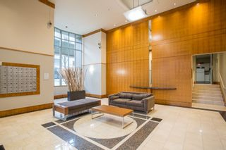 """Photo 17: 1902 930 CAMBIE Street in Vancouver: Yaletown Condo for sale in """"Pacific Place Landmark II"""" (Vancouver West)  : MLS®# R2361842"""