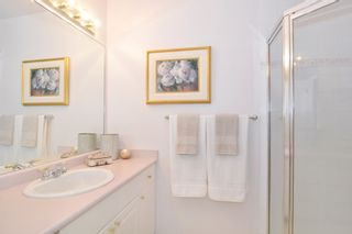 Photo 14: 205 1765 Martin Drive in SouthWynd: Home for sale : MLS®# R2080764