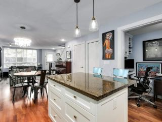 """Photo 11: 2774 ALMA Street in Vancouver: Kitsilano Townhouse for sale in """"Twenty On The Park"""" (Vancouver West)  : MLS®# R2501470"""