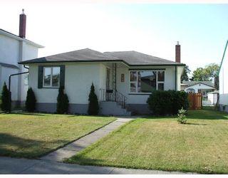 Photo 1: 428 ENNISKILLEN Avenue in WINNIPEG: West Kildonan / Garden City Single Family Detached for sale (North West Winnipeg)  : MLS®# 2716290