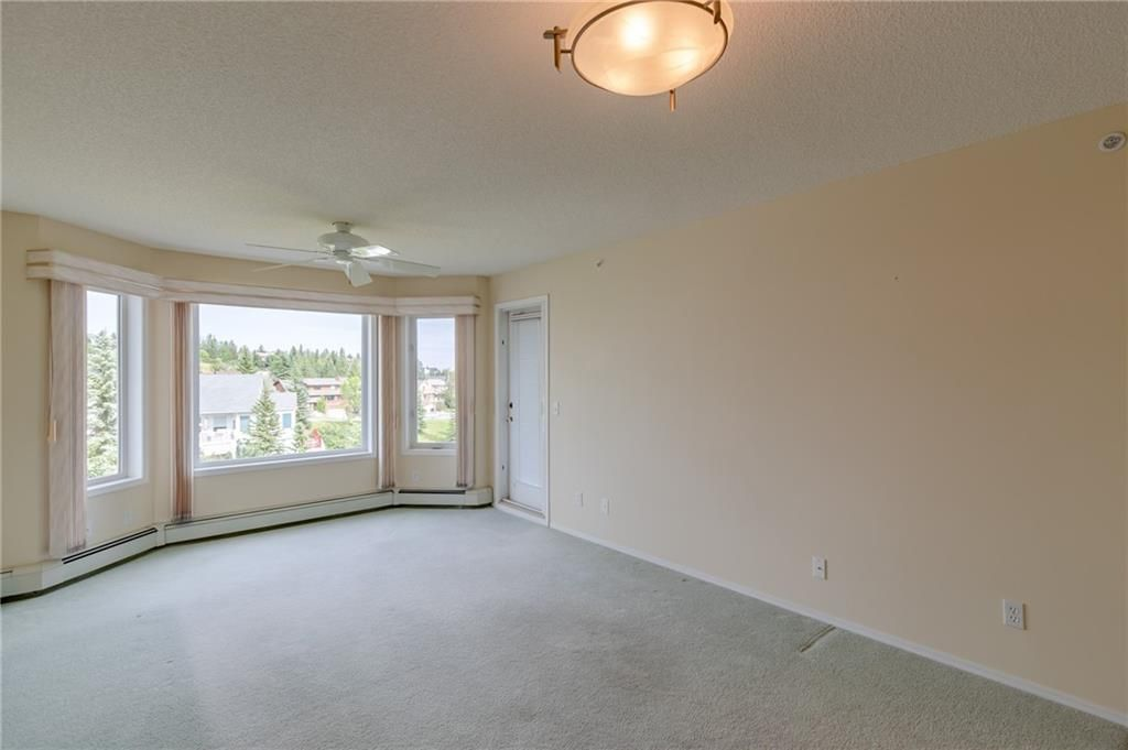 Photo 10: Photos: 3303 HAWKSBROW Point NW in Calgary: Hawkwood Apartment for sale : MLS®# C4305042