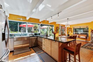 Photo 10: 780 INGLEWOOD Avenue in West Vancouver: Sentinel Hill House for sale : MLS®# R2617055