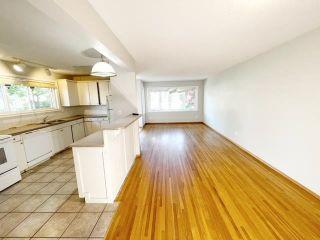 Photo 4: 6409 90 Avenue in Edmonton: Zone 18 House Half Duplex for sale : MLS®# E4260058