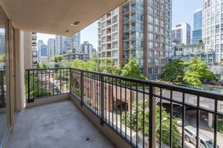"""Photo 13: 603 969 RICHARDS Street in Vancouver: Downtown VW Condo for sale in """"Mondrian"""" (Vancouver West)  : MLS®# R2074580"""