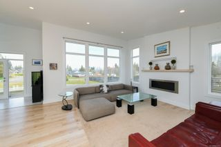 Photo 18: 3641 Cameron Rd in : CV Courtenay South House for sale (Comox Valley)  : MLS®# 869201