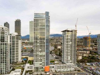"""Photo 1: 903 2311 BETA Avenue in Burnaby: Brentwood Park Condo for sale in """"WATERFALL - LUMINA"""" (Burnaby North)  : MLS®# R2541071"""