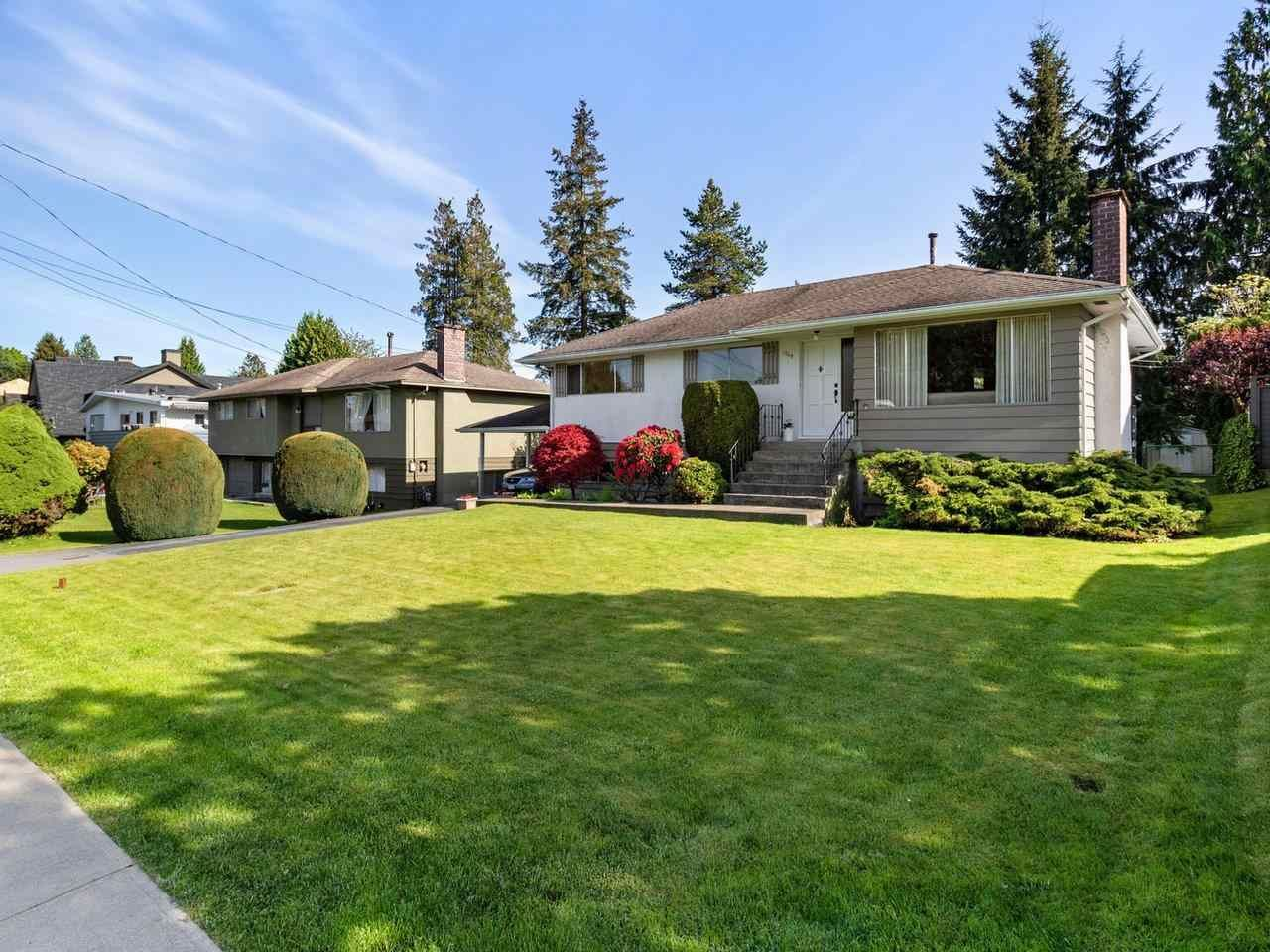 Main Photo: 1760 GROVER Avenue in Coquitlam: Central Coquitlam House for sale : MLS®# R2578658