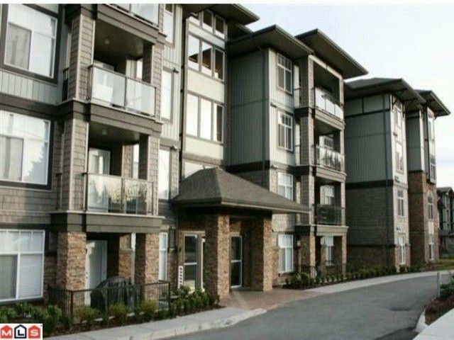"""Main Photo: 201 2068 SANDALWOOD Crescent in Abbotsford: Central Abbotsford Condo for sale in """"THE STERLING"""" : MLS®# F1105650"""