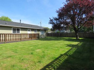 "Photo 13: 5376 WELLBURN Drive in Delta: Hawthorne House for sale in ""VICTORY SOUTH"" (Ladner)  : MLS®# R2399223"
