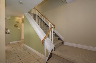 Photo 4: 6 FARNHAM Crescent in London: South M Residential for sale (South)  : MLS®# 40104065