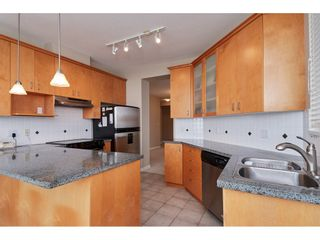 """Photo 3: 601 1551 FOSTER Street: White Rock Condo for sale in """"Sussex House"""" (South Surrey White Rock)  : MLS®# R2312968"""