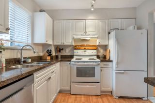 """Photo 8: 37 900 W 17TH Street in North Vancouver: Mosquito Creek Townhouse for sale in """"Foxwood Hills"""" : MLS®# R2503930"""