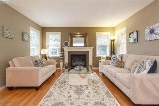 Photo 5: 829 Gannet Crt in VICTORIA: La Bear Mountain House for sale (Langford)  : MLS®# 807786