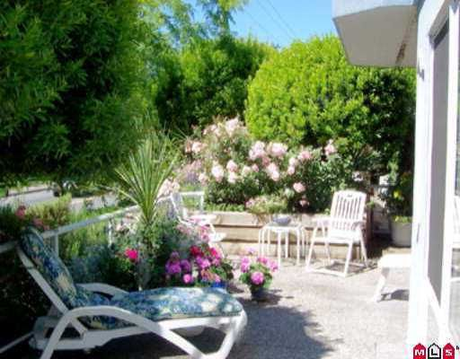 """Main Photo: 101 15941 MARINE DR: White Rock Condo for sale in """"THE HERITAGE"""" (South Surrey White Rock)  : MLS®# F2614837"""