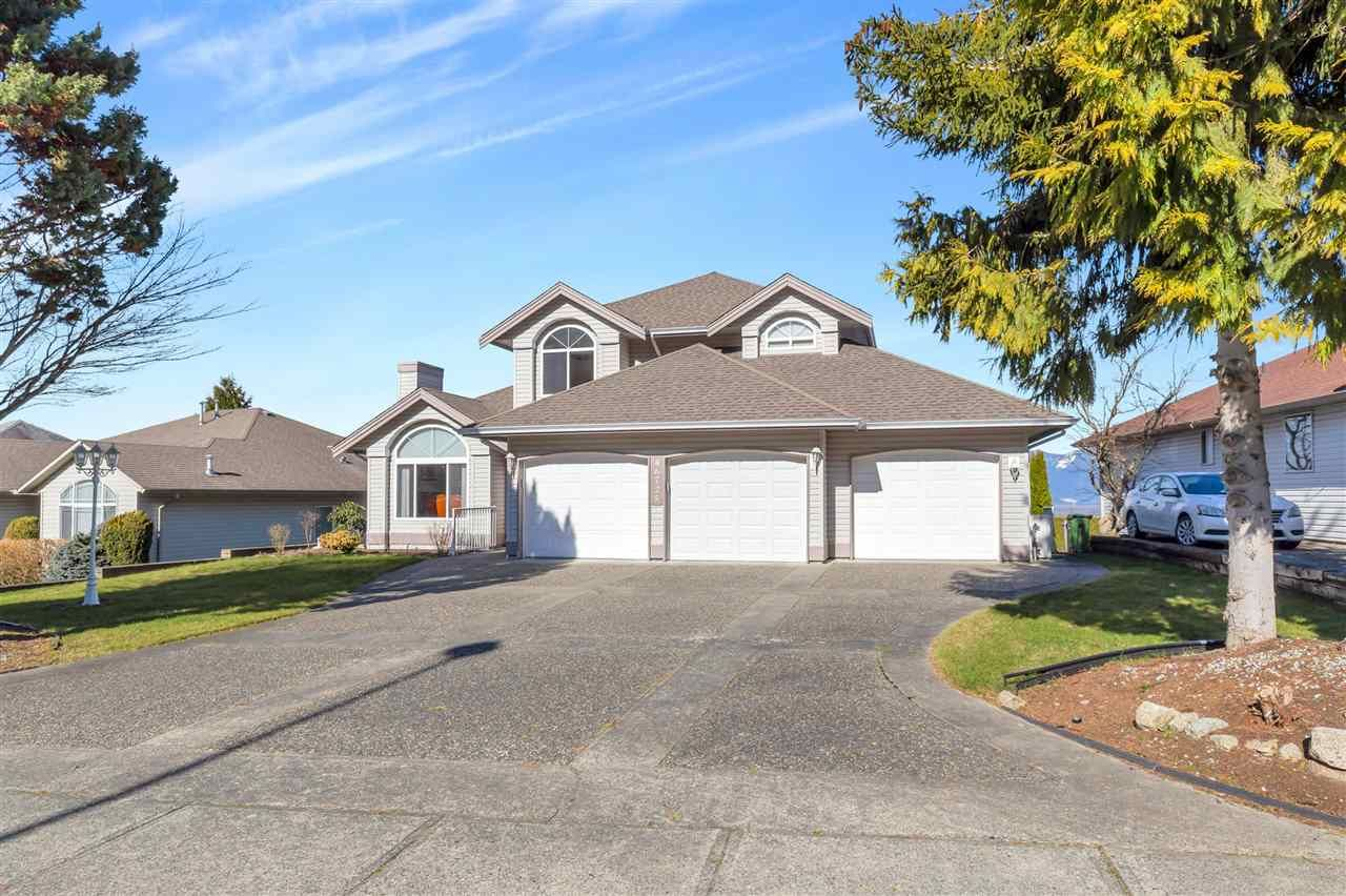 Main Photo: 46725 SYLVAN Drive in Chilliwack: Promontory House for sale (Sardis)  : MLS®# R2568987