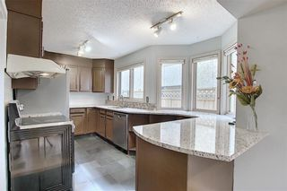 Photo 10: 262 SANDSTONE Place NW in Calgary: Sandstone Valley Detached for sale : MLS®# C4294032