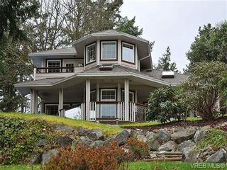 Photo 2: 948 Page Avenue in : La Glen Lake House for sale (Langford)  : MLS®# 320355
