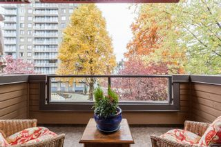 """Photo 13: 404 1435 NELSON Street in Vancouver: West End VW Condo for sale in """"Westport"""" (Vancouver West)  : MLS®# R2221878"""