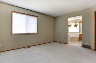 Photo 13: 134 Edgebrook Close NW in Calgary: 2 storey for sale : MLS®# C3616951