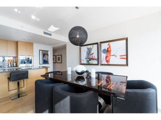 "Photo 18: 702 15152 RUSSELL Avenue: White Rock Condo for sale in ""Miramar"" (South Surrey White Rock)  : MLS®# R2504973"