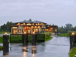 Photo 2: 19873 MCNEIL Road in Pitt Meadows: North Meadows PI House for sale : MLS®# R2624133