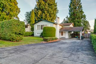 Photo 1: 1360 GROVER Avenue in Coquitlam: Central Coquitlam House for sale : MLS®# R2616064