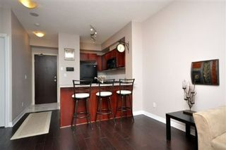 Photo 4: 08 1359 E Rathburn Road in Mississauga: Rathwood Condo for sale : MLS®# W2535874