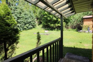 Photo 8: 7633 Squilax Anglemont Road: Anglemont House for sale (North Shuswap)  : MLS®# 10233439