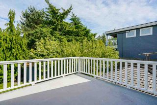 """Photo 19: 850 PARKER Street: White Rock House for sale in """"EAST BEACH"""" (South Surrey White Rock)  : MLS®# R2587340"""