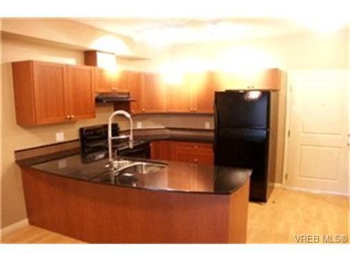 Main Photo:  in VICTORIA: La Langford Proper Condo for sale (Langford)  : MLS®# 408746