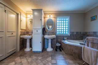 Photo 34: 27 Silvergrove Court NW in Calgary: Silver Springs Detached for sale : MLS®# A1065154
