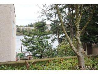 Photo 20: 111 1083 Tillicum Rd in VICTORIA: Es Kinsmen Park Condo for sale (Esquimalt)  : MLS®# 530725