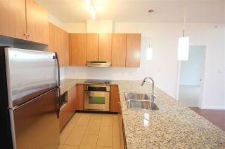 Photo 2: 403 15322 101 Avenue in Surrey: Guildford Condo for sale (North Surrey)  : MLS®# R2048002