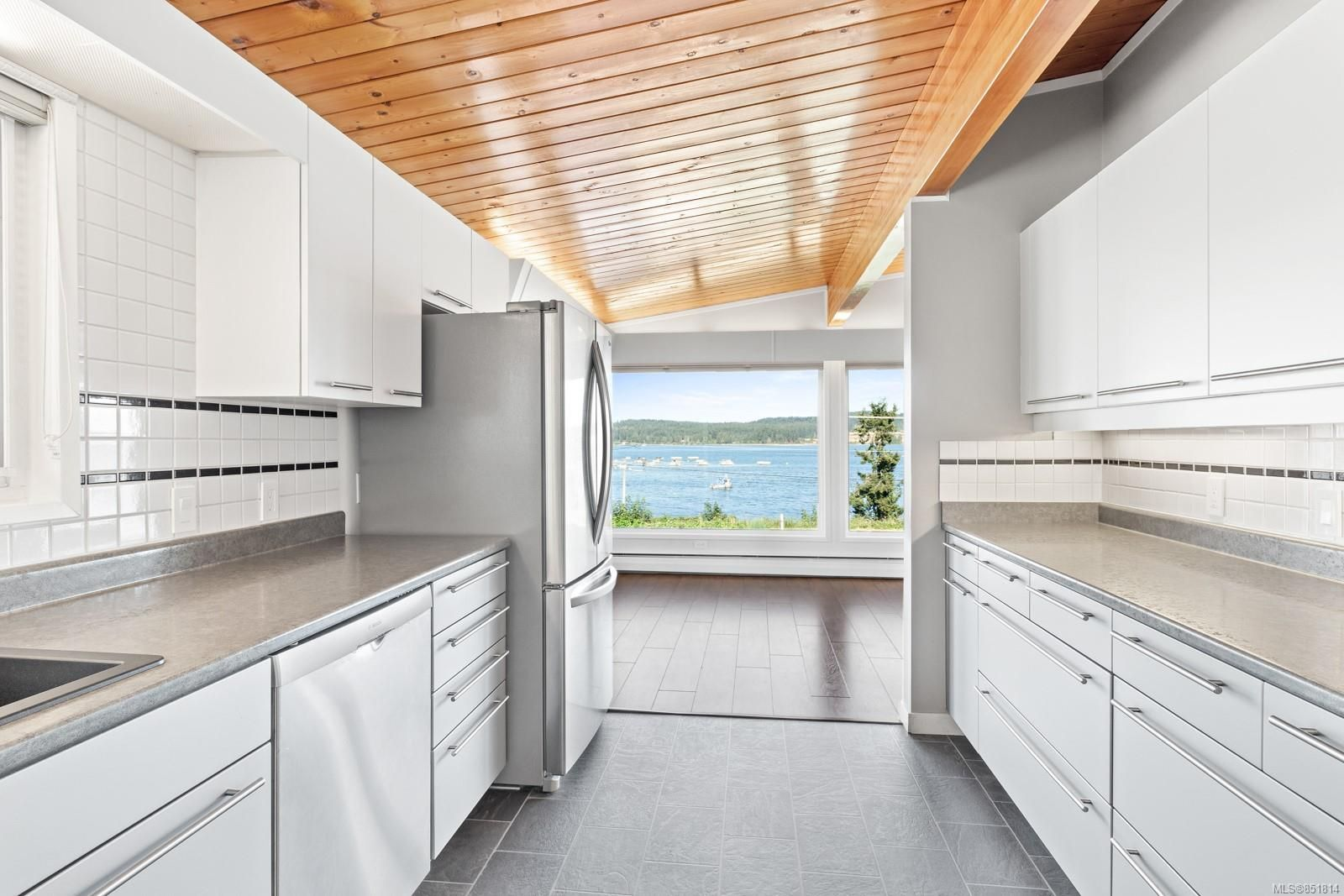 Photo 6: Photos: 191 Muschamp Rd in : CV Union Bay/Fanny Bay House for sale (Comox Valley)  : MLS®# 851814