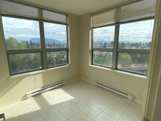 """Photo 3: 1101 3663 CROWLEY Drive in Vancouver: Collingwood VE Condo for sale in """"LATITUDE"""" (Vancouver East)  : MLS®# R2576209"""