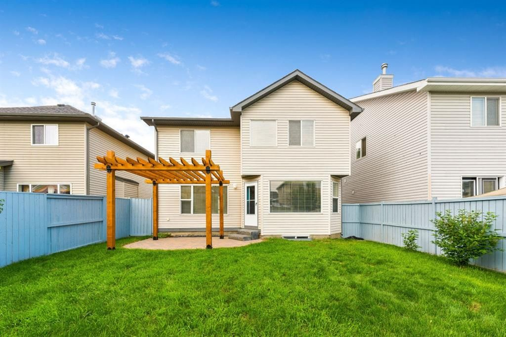 Photo 32: Photos: 53 Bridleridge Heights SW in Calgary: Bridlewood Detached for sale : MLS®# A1129360