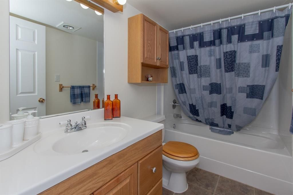 Photo 25: Photos: 1039 Hunterdale Place NW in Calgary: Huntington Hills Detached for sale : MLS®# A1144126
