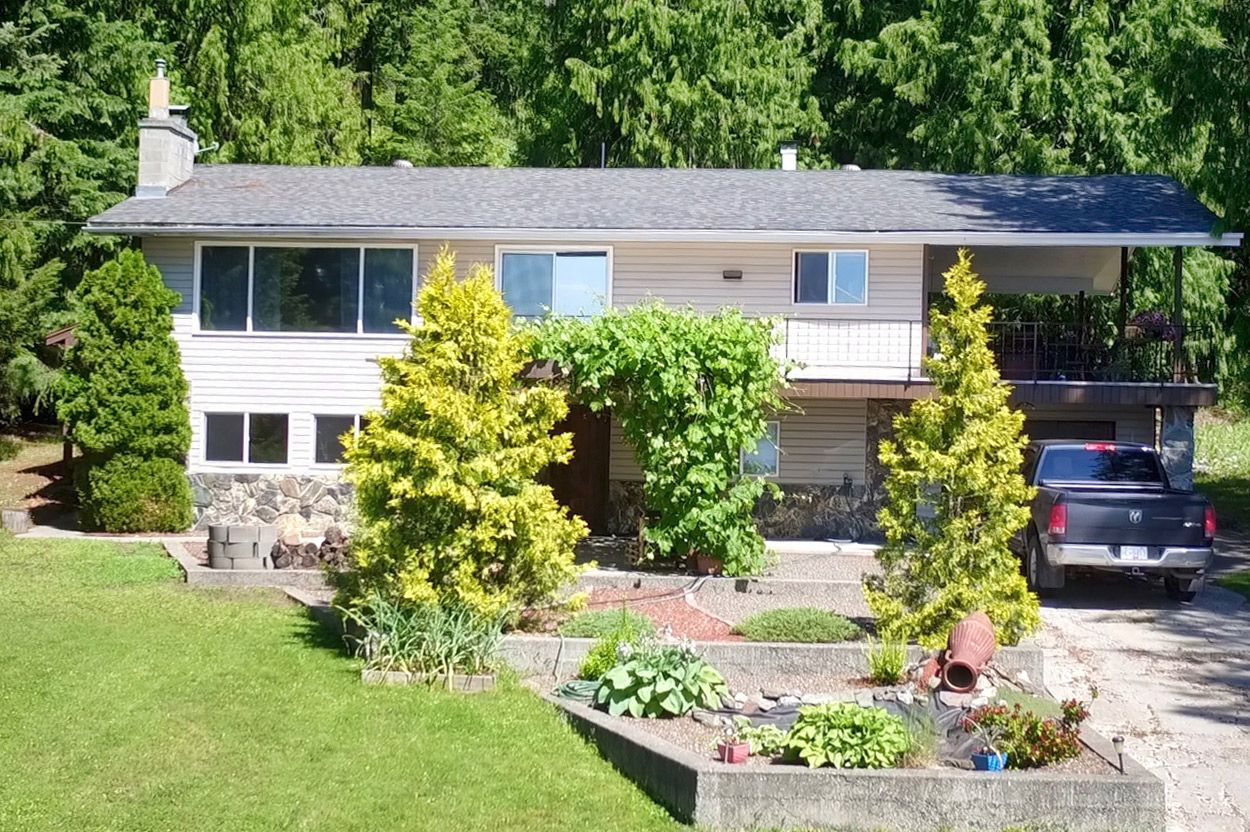 Photo 36: Photos: 2022 Eagle Bay Road: Blind Bay House for sale (South Shuswap)  : MLS®# 10202297